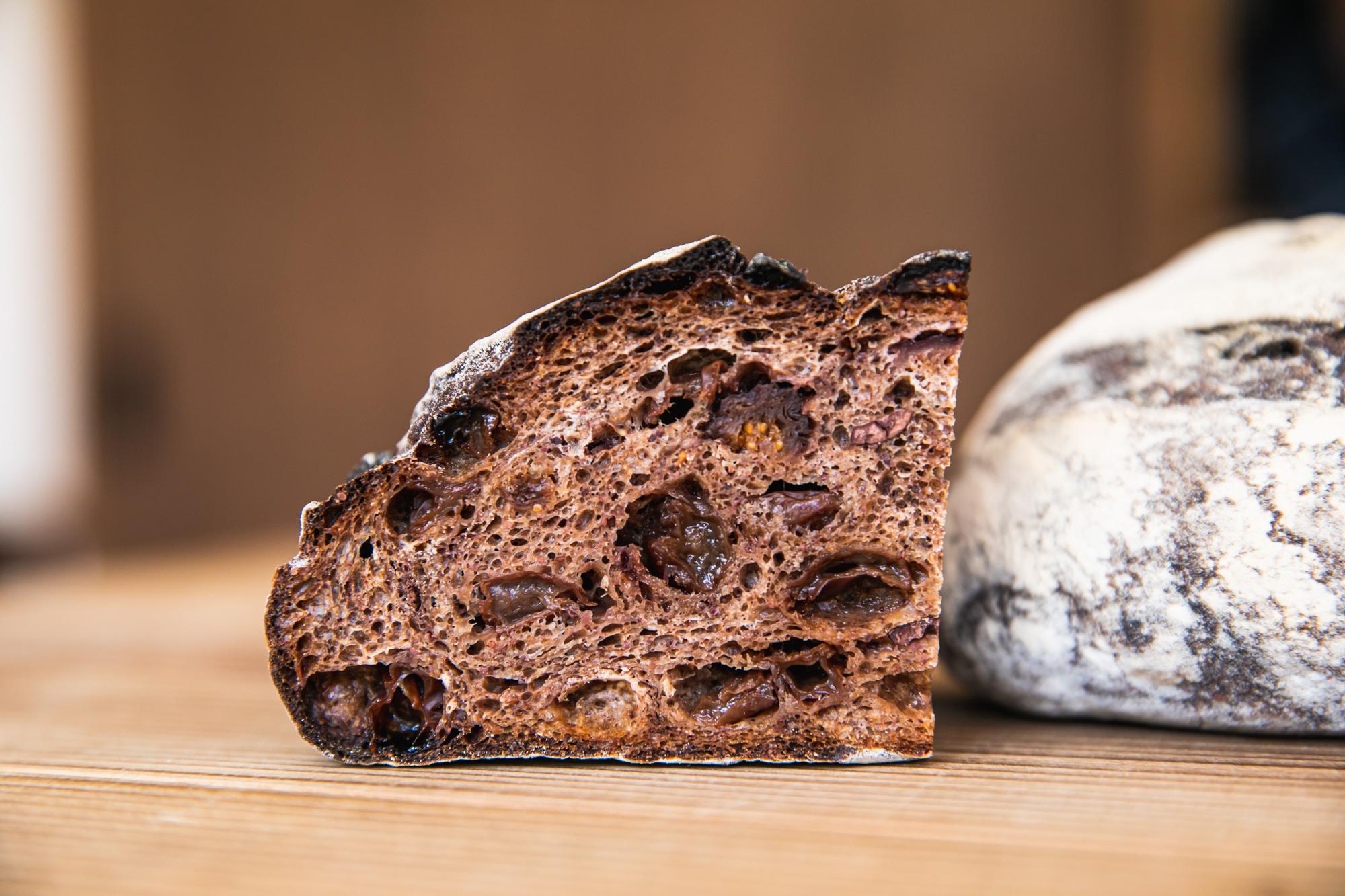 ストーリーを「まとう」パン Organic & Vegan Bakery matoi × カカオニブの可能性