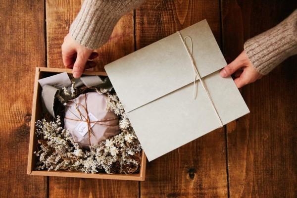 おうちクリスマスを彩る、限定スペシャルBOXが本日より予約開始