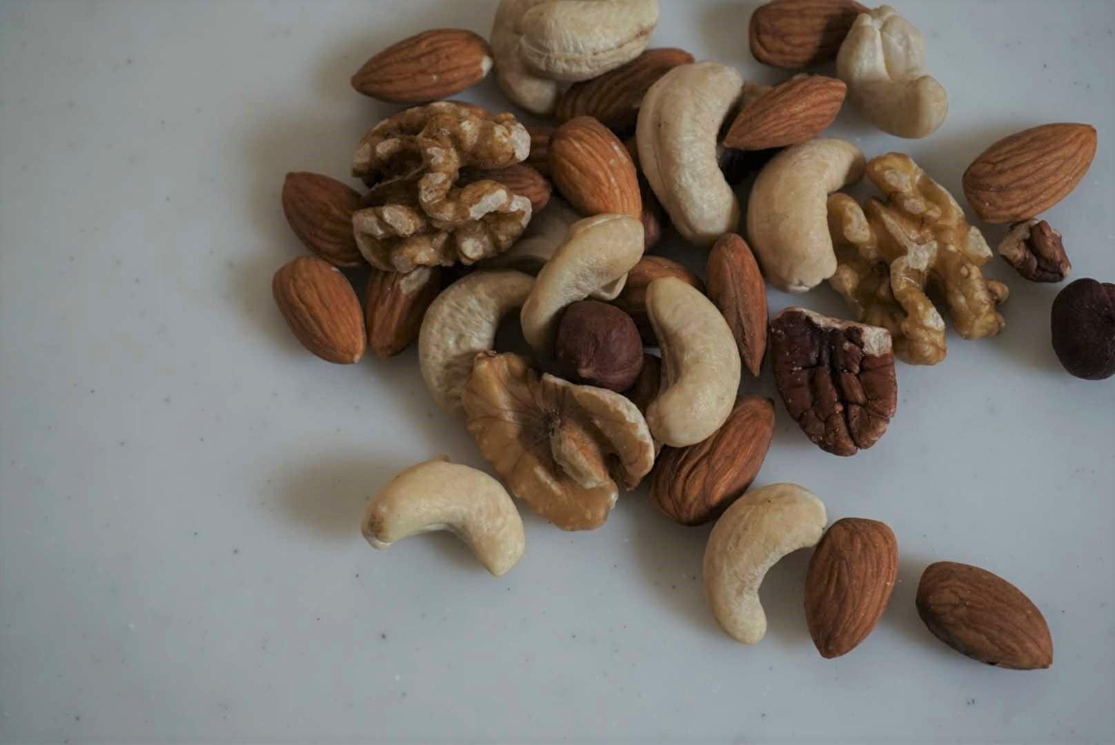ナッツとカカオ豆の「ぽさ」と「違い」