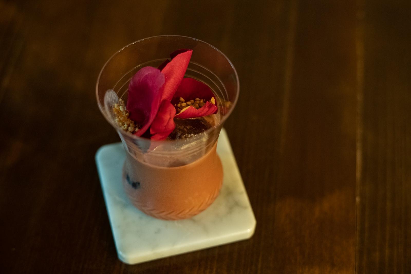 シリーズ「酒とカカオと」Vol.2 CACAOTAIL萩原陽介さん カカオ、チョコレートの魅力はみんなを笑顔にさせること。癒しの時間を過ごして欲しい。