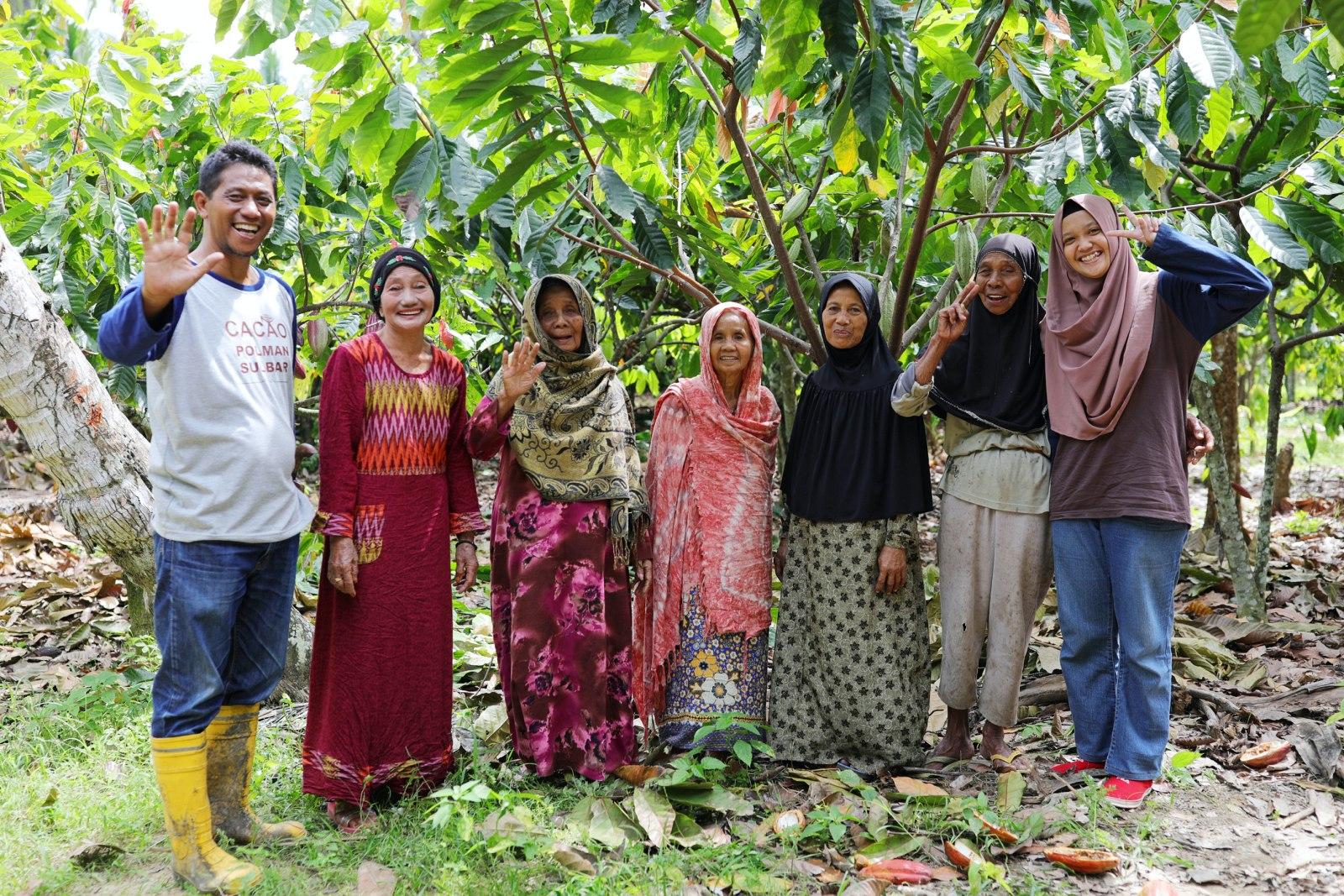 """途上国から""""食""""の可能性を世界に。Little MOTHERHOUSE×Dari Kによる、インドネシア産カカオを使った目にも鮮やかなチョコレート"""