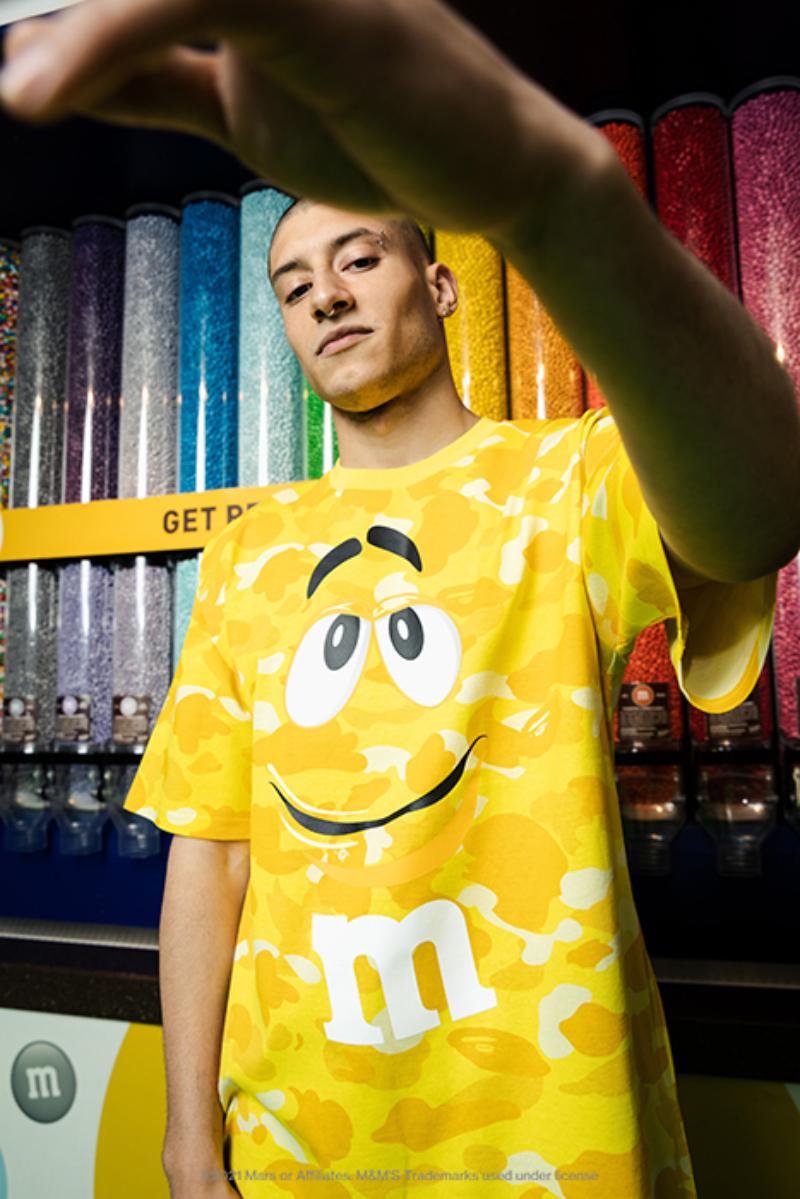 「A BATHING APE®」から「M&M'S™」とタッグを組んだスペシャルコレクションが発売