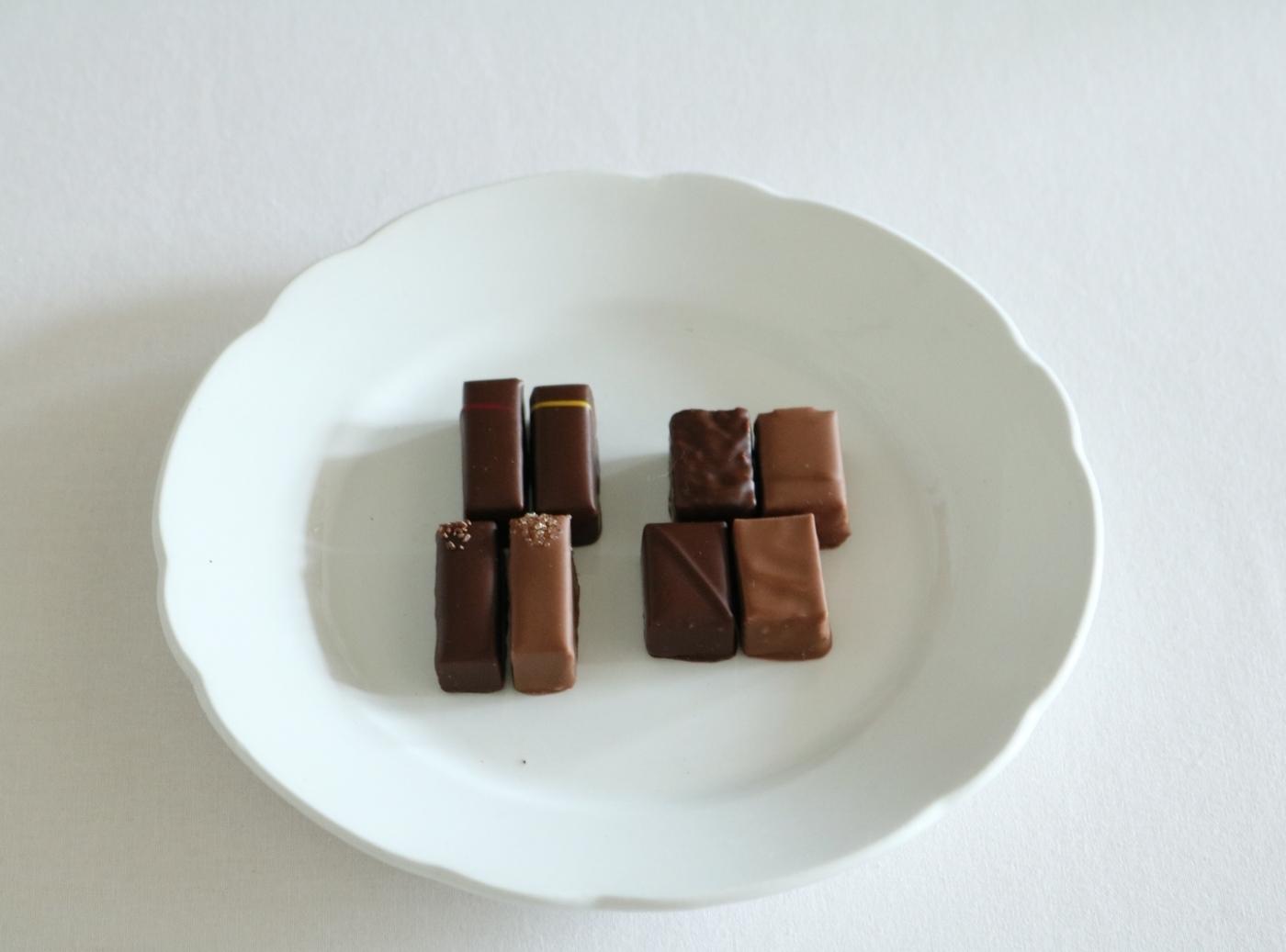 """ラ・メゾン・デュ・ショコラ """"審美眼を持つ大人へ敬意を込めて。食べ比べが楽しいボンボン・ドゥ・ショコラ"""""""