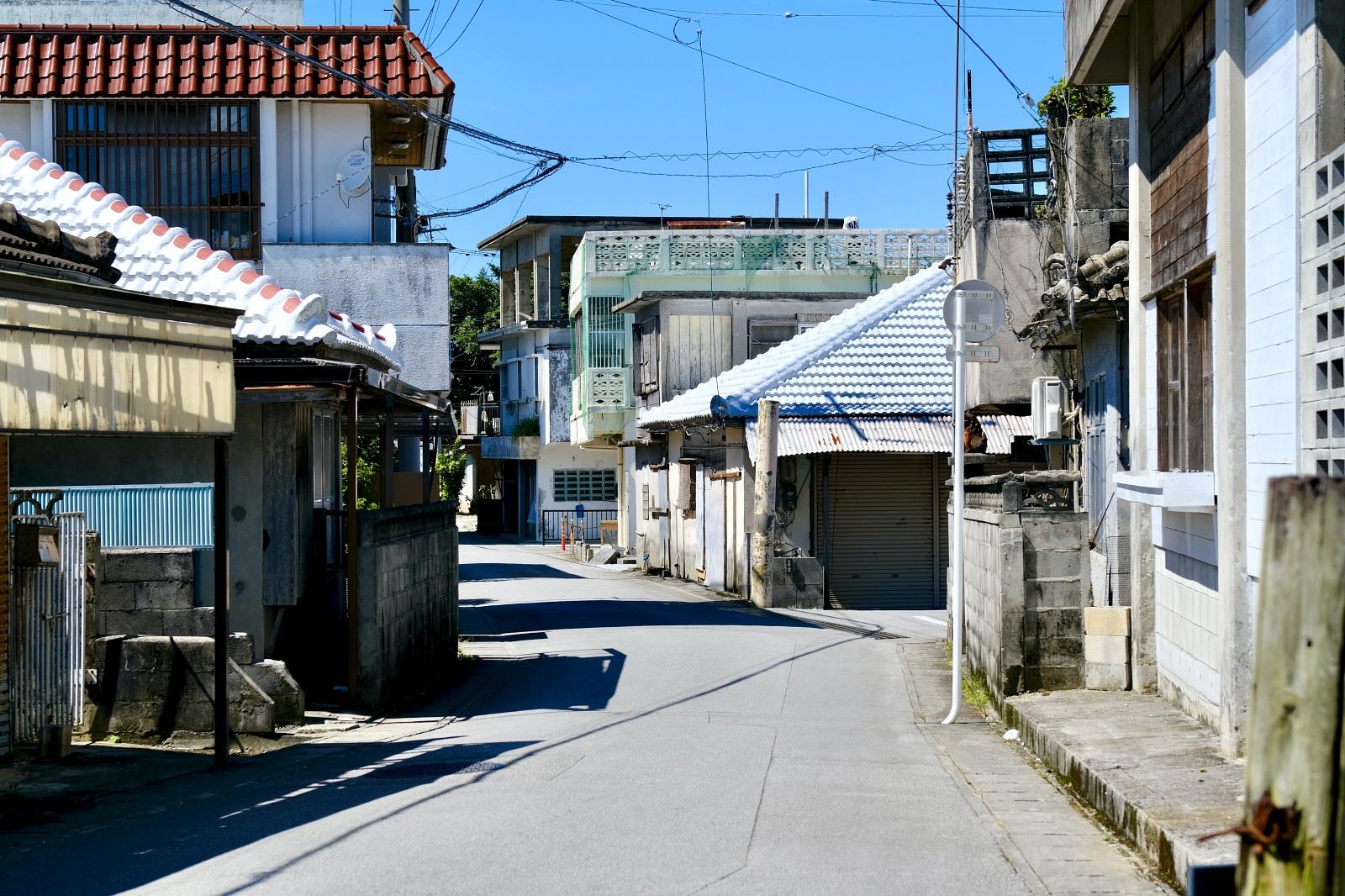 沖縄へ移住して10年。 人気フードコーディネーター・根本きこさんが語る、地域との共生の上に成り立つカフェ