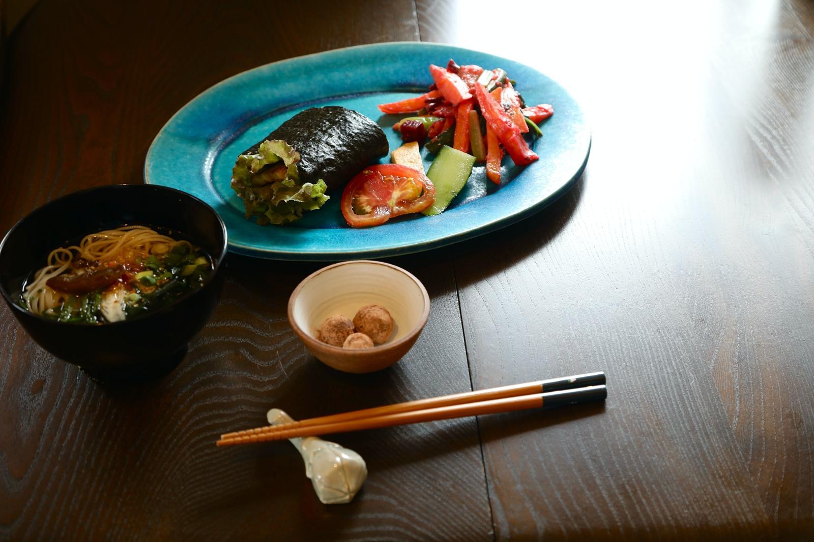 植物を食べる。料理をする。そのこと自体が、一番シンプルなサスティナブルの原点なんじゃないかしら。